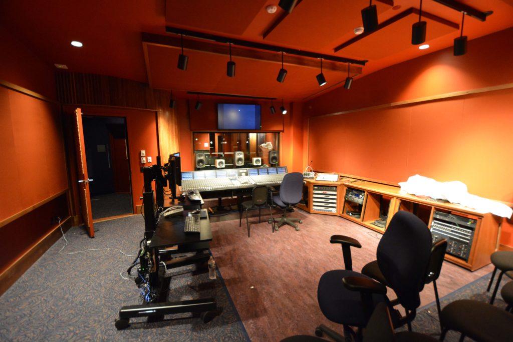 control room, mixer R09_0118_00_N290